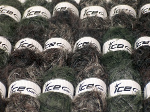 Eyelash Blends This mixed lot includes a total of 2000 gr (70.5 oz.) unlabeled yarn. There is no standard for ball weight. You will get what you see in the photo. Brand Ice Yarns, fnt2-64740